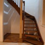 Samonosné schody so zošikmeným nástupom